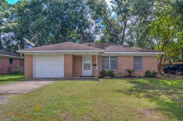 1404 N Roberson Street, Conroe, TX 77301 (MLS #69524281) :: Christy Buck Team