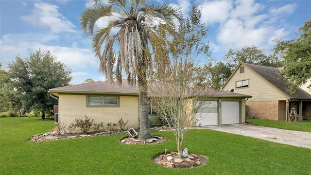 11030 Sageheather Drive, Houston, TX 77089 (MLS #69603671) :: The Parodi Team at Realty Associates