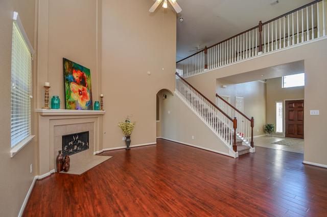 12505 Bethany Bay Drive, Pearland, TX 77584 (MLS #69633968) :: Christy Buck Team