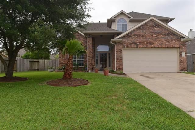 401 Magnolia Blossom, League City, TX 77573 (MLS #69636576) :: Christy Buck Team