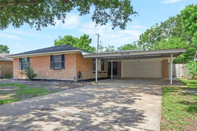 8206 Tarbell Road, Houston, TX 77034 (MLS #69676837) :: Green Residential