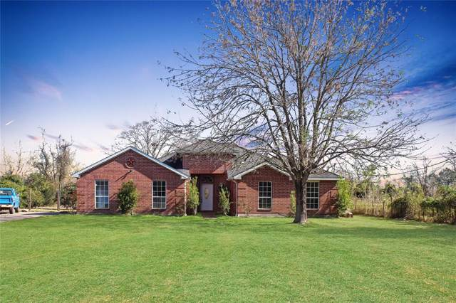 13930 County Road 185, Alvin, TX 77511 (MLS #69692998) :: The Sold By Valdez Team