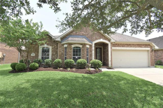 105 Sandstone Bend Lane, Dickinson, TX 77539 (MLS #69730005) :: Texas Home Shop Realty