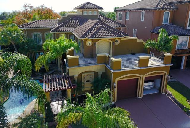 541 Villa Drive, Seabrook, TX 77586 (MLS #69801858) :: Caskey Realty
