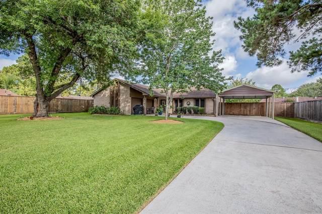 1117 Killarney Avenue, Friendswood, TX 77546 (MLS #69893147) :: Ellison Real Estate Team
