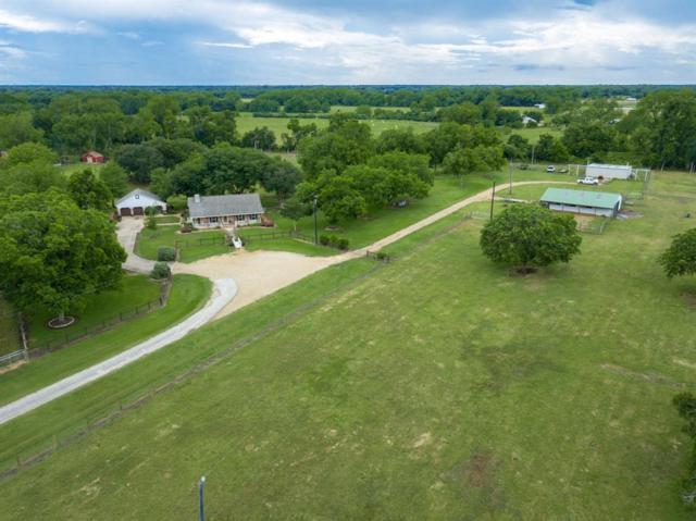 4504 West Fork Circle, Wharton, TX 77488 (MLS #69893929) :: Texas Home Shop Realty