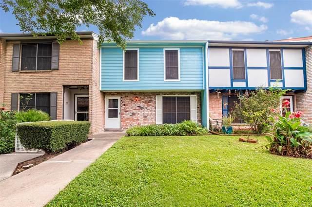 5218 Milwee Street #28, Houston, TX 77092 (MLS #69941623) :: Michele Harmon Team