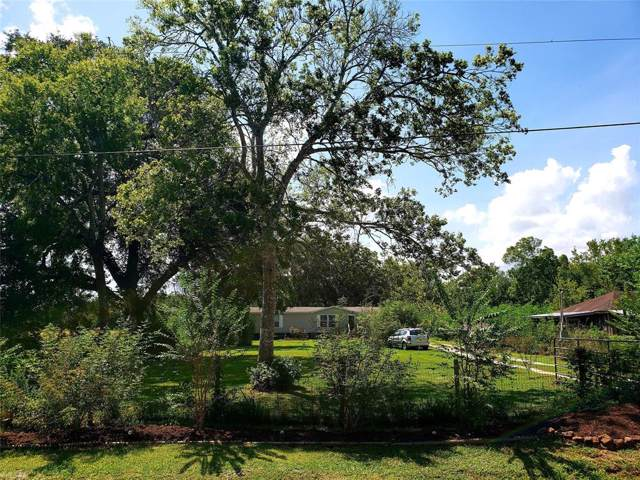 8923 Ave H, Liverpool, TX 77577 (MLS #69955771) :: KJ Realty Group