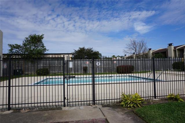 10075 Westpark Drive 17C, Houston, TX 77042 (MLS #70006841) :: The Bly Team