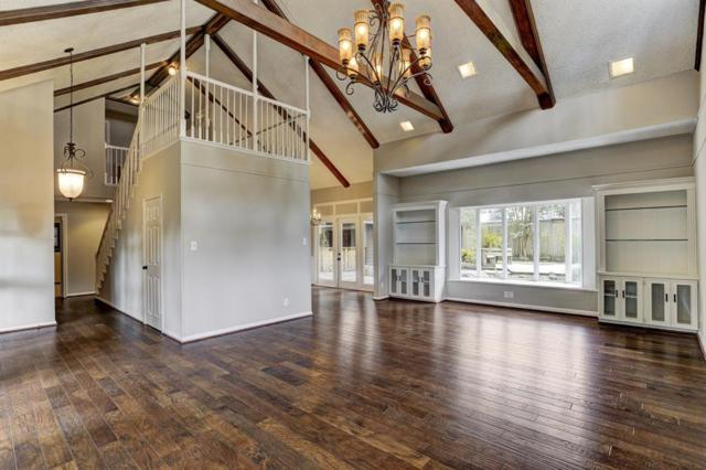 10115 Lynbrook Hollow Street, Houston, TX 77042 (MLS #70159300) :: Texas Home Shop Realty