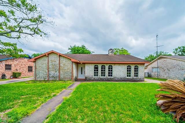 9822 Hughes Ranch Road, Houston, TX 77089 (#7018099) :: ORO Realty