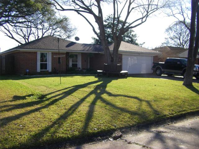 2103 Kingsway Drive, League City, TX 77573 (MLS #70260158) :: The SOLD by George Team