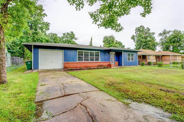5771 Belcrest Street, Houston, TX 77033 (MLS #70264182) :: The SOLD by George Team