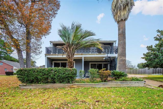 7264 Edgewater Drive, Willis, TX 77318 (MLS #70342854) :: The Sansone Group