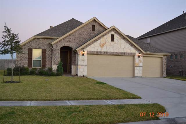 1601 Nacogdoches Valley Drive, League City, TX 77573 (MLS #70427939) :: The Bly Team