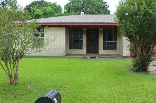 237 Burkett Street, Richwood, TX 77531 (MLS #70512986) :: The Wendy Sherman Team