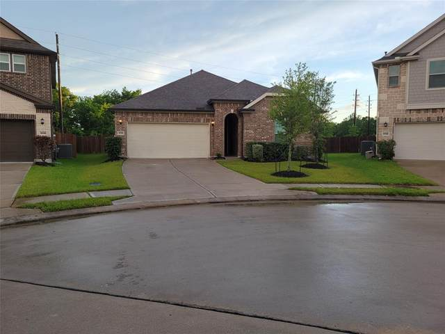 14126 Harmony Ridge Trail, Pearland, TX 77584 (MLS #70543563) :: Green Residential