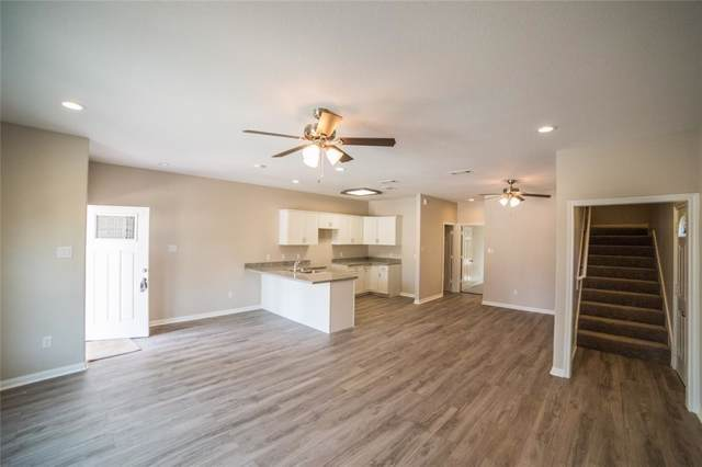16882 Balmoral Street, Montgomery, TX 77316 (MLS #70596928) :: The SOLD by George Team