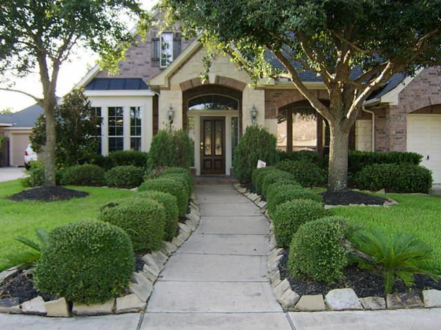 1227 Wealden Forest Drive, Spring, TX 77379 (MLS #70716039) :: Mari Realty