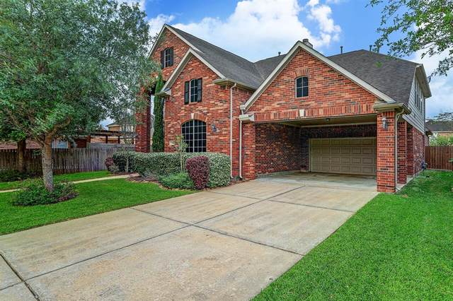 2216 Longspur Lane, League City, TX 77573 (MLS #7075198) :: The Sansone Group