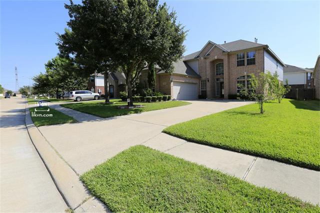 9306 Morley Lake Drive, Houston, TX 77095 (MLS #70772772) :: Carrington Real Estate Services