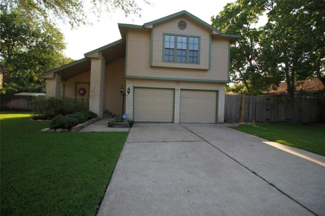420 Old Course Drive, Friendswood, TX 77546 (MLS #70787213) :: Christy Buck Team