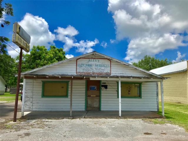 1614 Avenue E E, Bay City, TX 77414 (MLS #71066849) :: Texas Home Shop Realty