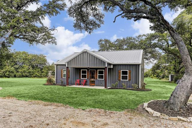 301 Roznov Road, Fayetteville, TX 78940 (MLS #71194012) :: The SOLD by George Team