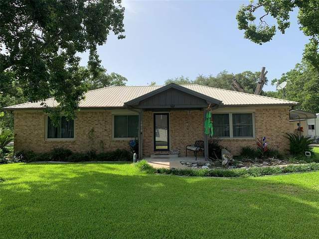 1010 2nd Street, Louise, TX 77455 (#71250489) :: ORO Realty