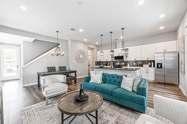6729 Parker Oaks Lane, Houston, TX 77076 (MLS #71309524) :: My BCS Home Real Estate Group