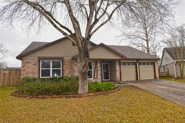 2501 Barton Court, League City, TX 77573 (MLS #71497821) :: The Freund Group