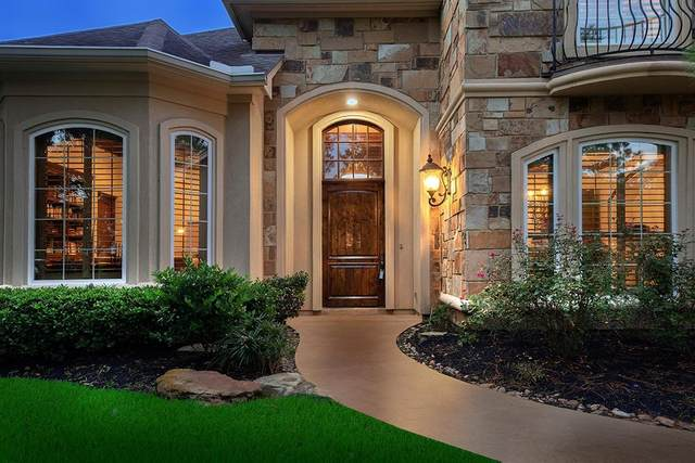 35 Seasons Trace, The Woodlands, TX 77382 (MLS #71521620) :: NewHomePrograms.com