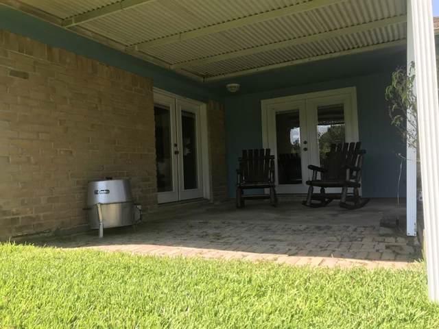 1113 N Heron Drive, Seabrook, TX 77586 (MLS #71557986) :: Phyllis Foster Real Estate
