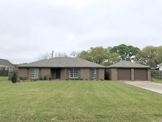 1108 Western Avenue, Angleton, TX 77515 (MLS #7157689) :: Giorgi Real Estate Group