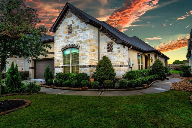 22 Floral Hills Lane, Fulshear, TX 77441 (MLS #71598804) :: The SOLD by George Team