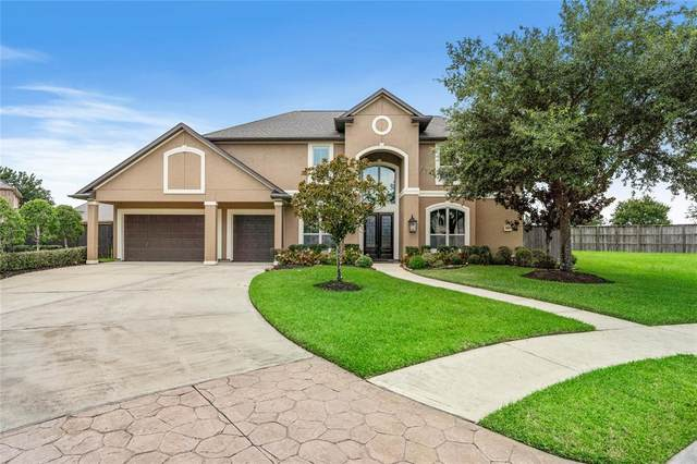 1710 Hunters Cove, Friendswood, TX 77546 (MLS #7162984) :: The Bly Team