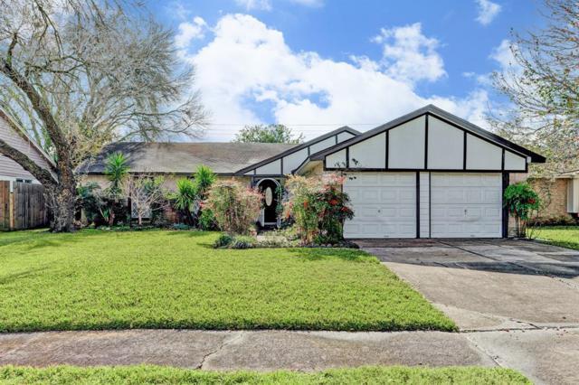 17346 Heritage Bay Drive, Webster, TX 77598 (MLS #71632926) :: The Queen Team