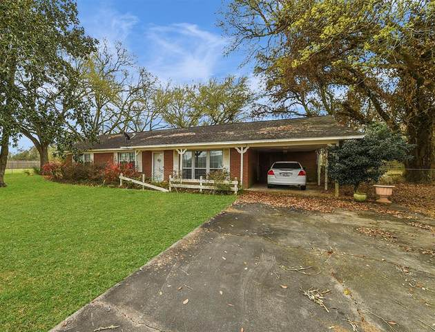 52 County Road 492, Dayton, TX 77535 (MLS #71767354) :: Connell Team with Better Homes and Gardens, Gary Greene