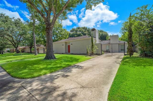 1627 Aspen Grove Drive, Houston, TX 77077 (MLS #71785301) :: The Home Branch