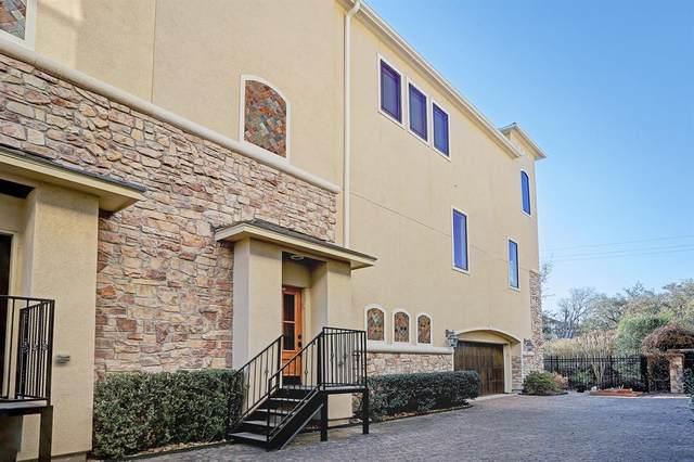 3810 Glen Arbor Drive, Houston, TX 77025 (MLS #71888936) :: The Parodi Team at Realty Associates
