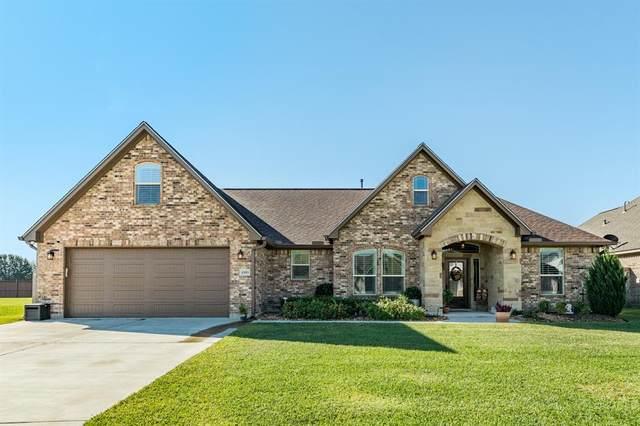 1553 N Blue Bonnet Lane, Angleton, TX 77515 (MLS #71908462) :: Michele Harmon Team