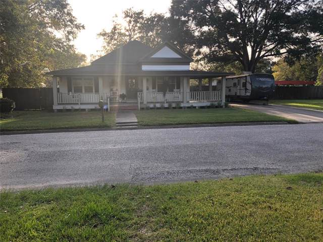 706 Coleman Street, Dayton, TX 77535 (MLS #71915126) :: Texas Home Shop Realty