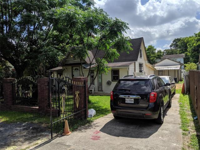 4512 Siegel Street, Houston, TX 77009 (MLS #71993038) :: The SOLD by George Team