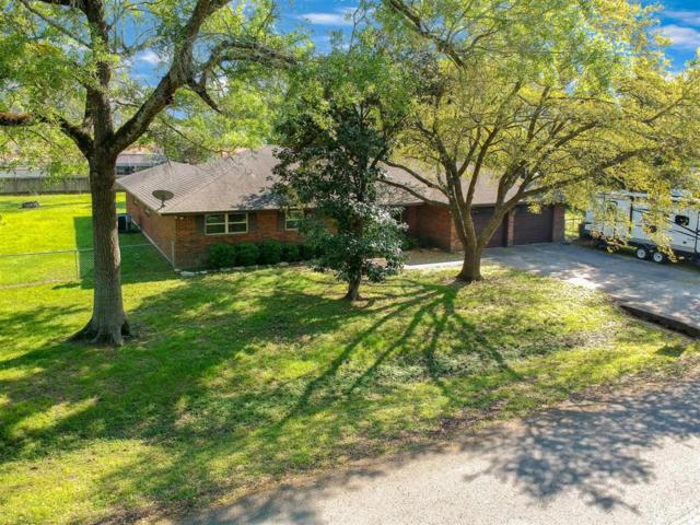 2906 Michaelis Lane, Baytown, TX 77521 (MLS #71994470) :: Magnolia Realty
