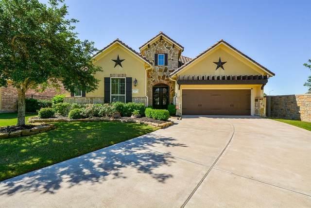63 Edgemont Court, Fulshear, TX 77441 (MLS #72004117) :: Christy Buck Team