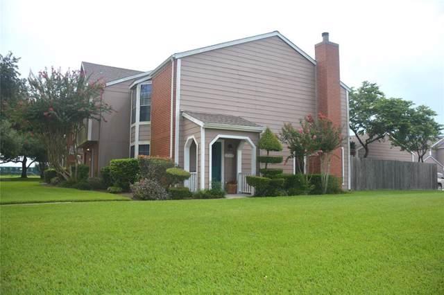 17337 Saturn Lane, Houston, TX 77058 (MLS #72121562) :: Rachel Lee Realtor