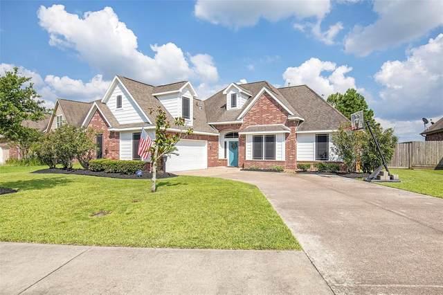 11710 Diamond Court, Mont Belvieu, TX 77535 (MLS #72156665) :: NewHomePrograms.com