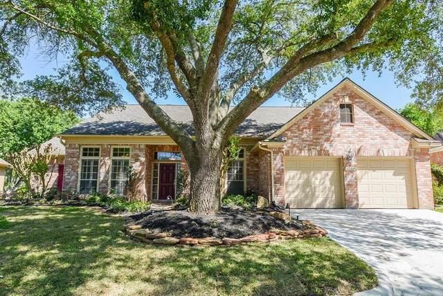 4642 Lake Village Drive, Fulshear, TX 77441 (MLS #72264414) :: TEXdot Realtors, Inc.