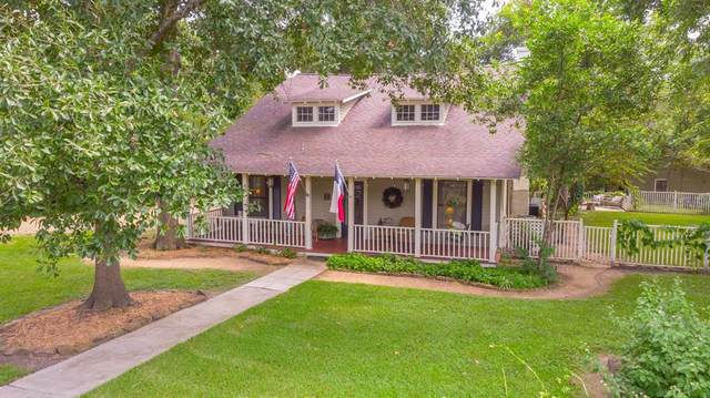 811 Caroline Street, Montgomery, TX 77356 (MLS #72275105) :: The Property Guys