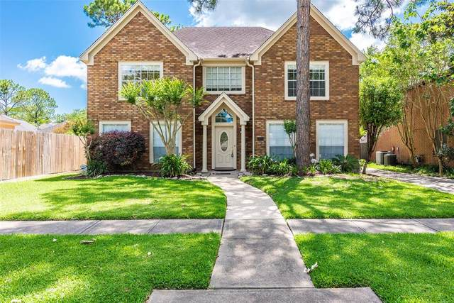 2101 Augusta Drive, League City, TX 77573 (MLS #72335032) :: Rachel Lee Realtor